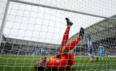 Lloris se lesiona tras encajar un gol con un triste Tottenham