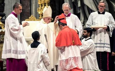 El Papa pide a los nuevos cardenales que no caigan en la «deslealtad de hombres de Iglesia»