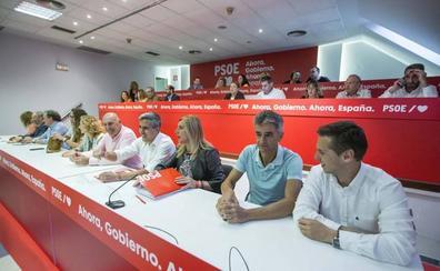 Zuloaga pide un «gobierno estable» del PSOE para que Cantabria y España no pierdan «el tren de los cambios»
