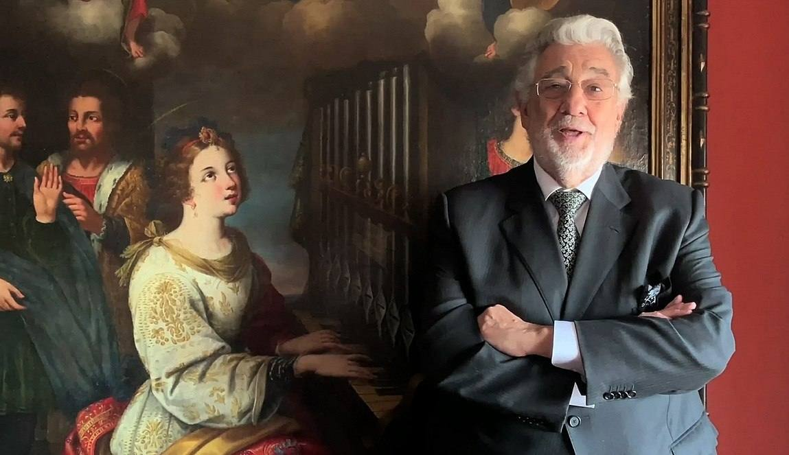 Premian a Plácido Domingo en México en medio de las acusaciones de acoso sexual