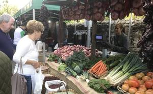 Una nueva edición del Mercado de Otoño de los Valles Pasiegos se celebra este fin de semana en Liérganes