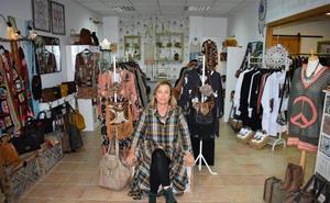 Emma Casanueva llena Meruelo 'de mil colores' y estilo propio