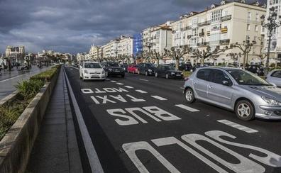 Los conductores del TUS aseguran que no sobra «ni un solo metro» de carril bus