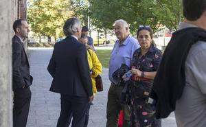 La Fiscalía pide cuatro y dos años de cárcel a los exalcaldes de Castro, Rufino Díaz Helguera y Fernando Muguruza, por el caso La Loma