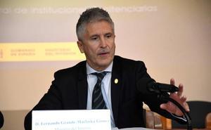 Marlaska asegura que el traslado de los restos del dictador se hará «sin espectáculo»