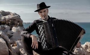 Sicilia homenajea al profesor de Cantabria Gorka Hermosa poniendo su nombre a una escuela de música