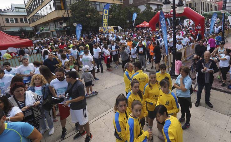 La 32ª Marcha Amat reúne en Torrelavega a cientos de personas
