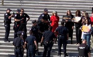 Jane Fonda, detenida por protestar contra el cambio climático