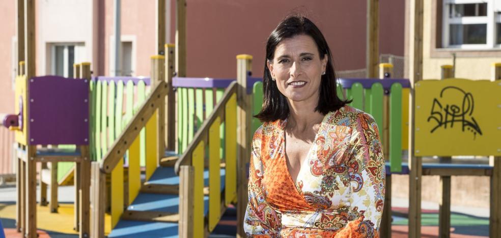 «Si quería seguir al frente del Ayuntamiento, tenía que ceder con los diques de La Magdalena»