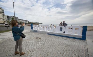 Santander se escribe con letras grandes