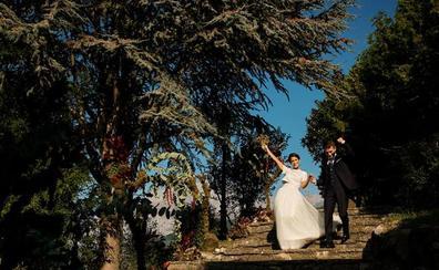 Las claves para que las novias cántabras acierten con un vestido a medida