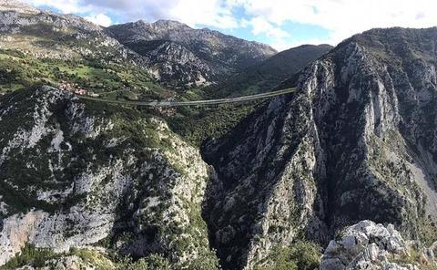 Peñarrubia proyecta construir el puente colgante más largo del mundo
