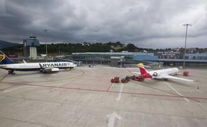 El primer vuelo de Iberia Santander-Madrid despega tres horas después de lo previsto por «problemas técnicos»
