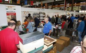 La Feria Apícola de Torrelavega reunirá a 65 expositores en el Ferial de Ganados