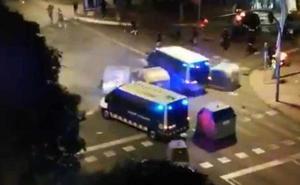 Herido grave un manifestante de 17 años atropellado en Tarragona por un furgón de los Mossos