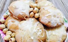 Aprende a cocinar en casa unas galletas de avellanas