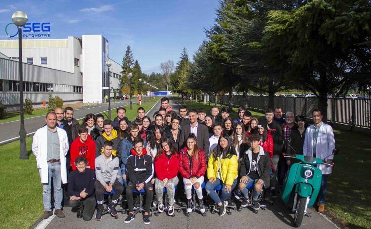 Visita de IES Fuente Fresnedo a SEG Automotive Spain