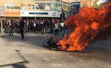 Irán corta el acceso a internet tras las protestas por la subida del precio de la gasolina