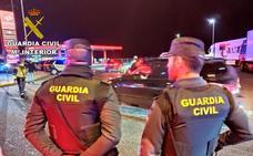 Detenidos tres ladrones de cable de cobre que dejaron sin iluminación tres kilómetros de la Autovía del Nordeste