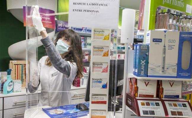 Los farmacéuticos exigen protección «porque somos sanitarios de primera línea»