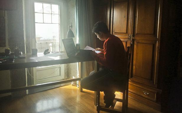 Diegu San Gabriel coordina la iniciativa para el préstamo de wifi en Cantabria.