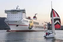 El buque 'Villa de Tazacorte' botado tras cuatro meses en los astilleros de Astander