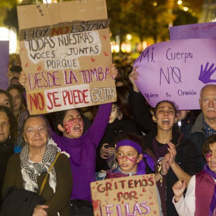 Actos en Cantabria contra la violencia de género