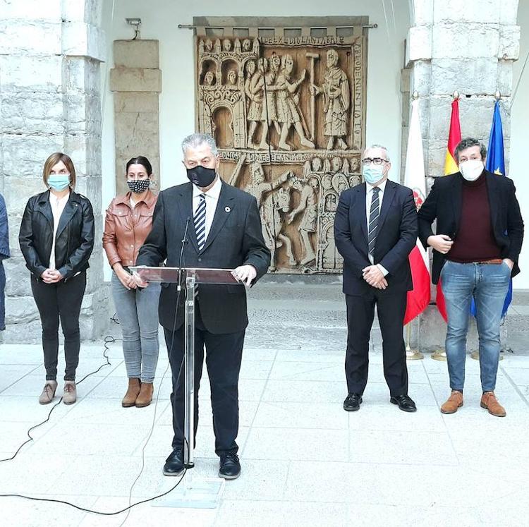 Vox se excluye de la declaración del Parlamento de Cantabria contra la violencia de género