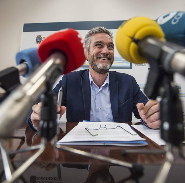 Ceruti, «sorprendido» por la fecha del debate sobre el estado de la ciudad, pide retrasarlo 3 meses