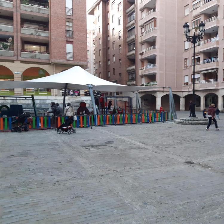 Castro adjudica la actualización de la plaza Porticada