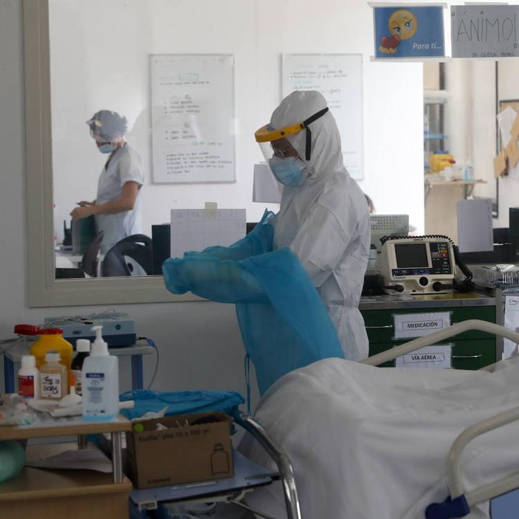 Los contagios de covid bajan un 40% en Cantabria durante la última semana, que deja 15 muertos