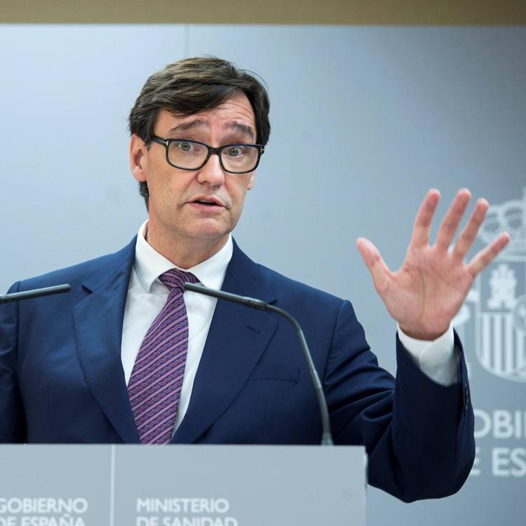El ministro de Sanidad estará mañana en Santander y Pedro Sánchez, el viernes
