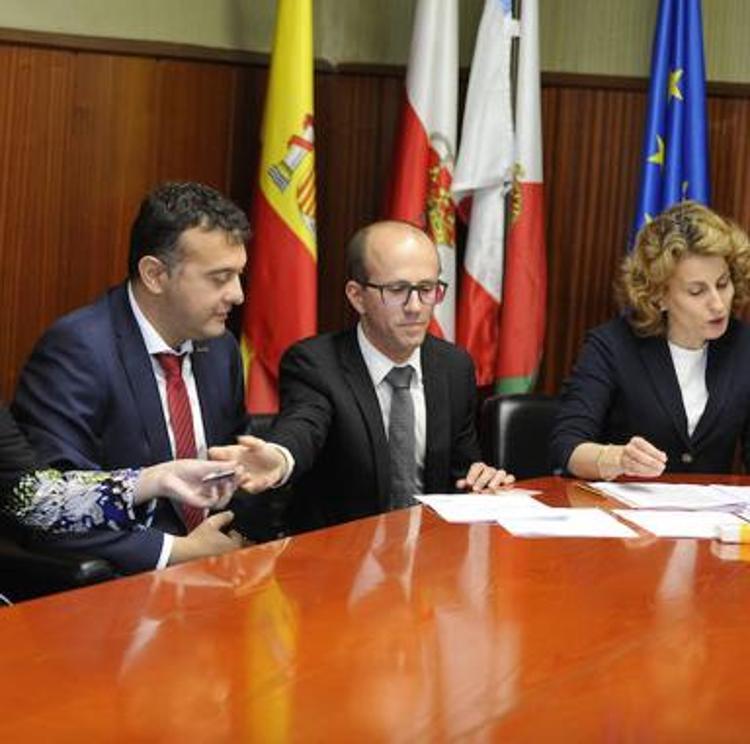 El bipartito de Marina de Cudeyo peligra por el paso a no adscrito de un concejal de Ciudadanos