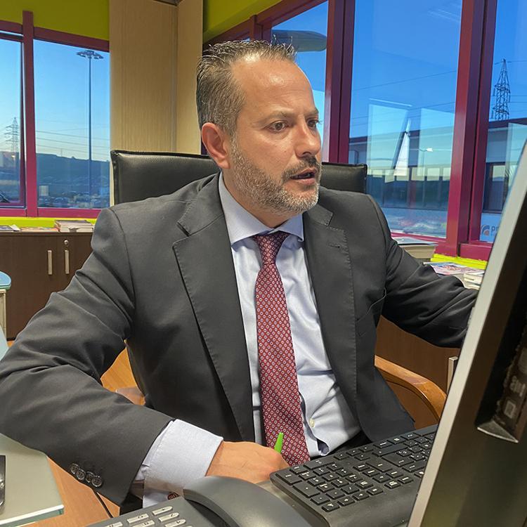 El PP pide a Soberón que deje de «vender humo» y empiece a «ayudar»