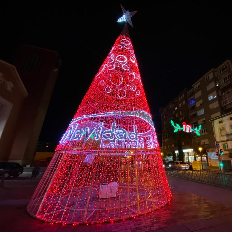 Colindres convoca el concurso de escaparates y balcones navideños
