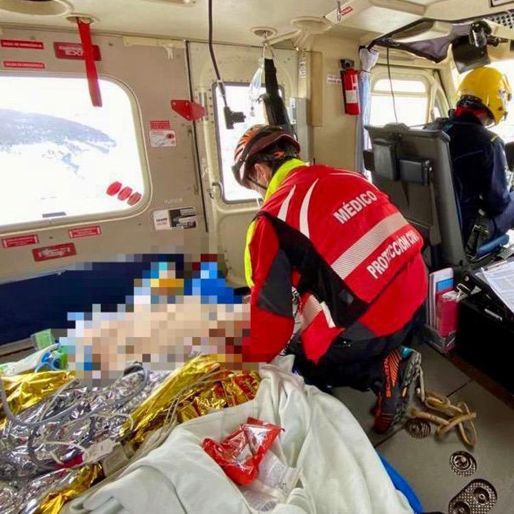 Herido de gravedad un trabajador de Renfe al ser golpeado por un tren cuando reparaba las vías en Pozazal