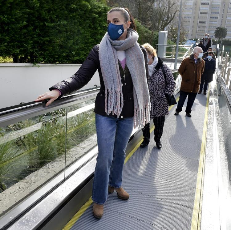Santander inaugura las nuevas rampas y escaleras de Valdenoja