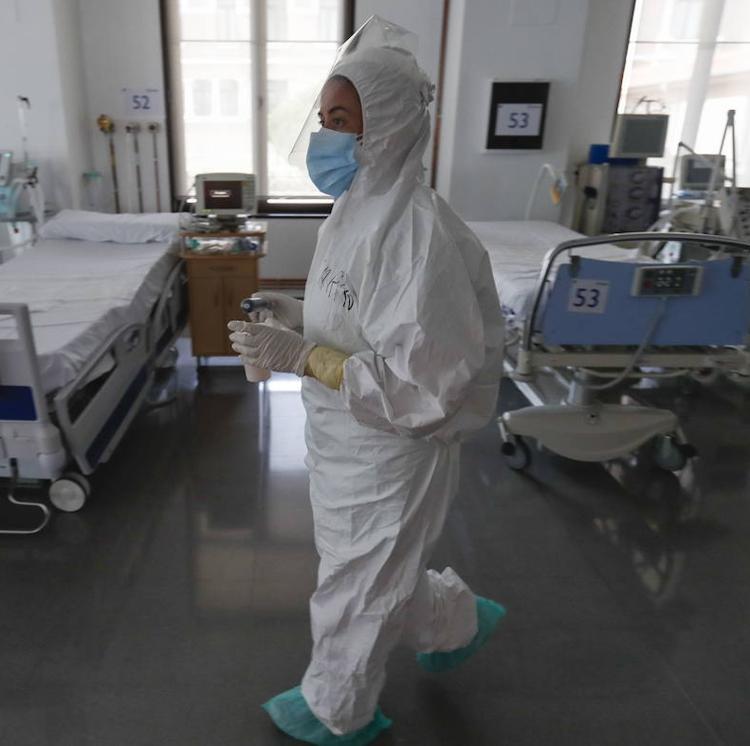 La presión hospitalaria no deja de crecer en Cantabria: ya hay 167 ingresados por covid