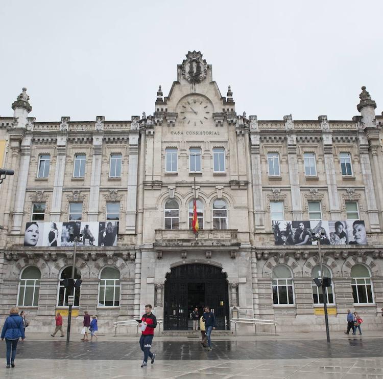 El Ayuntamiento de Santander espera reducir a 15 días el periodo medio de pago a proveedores