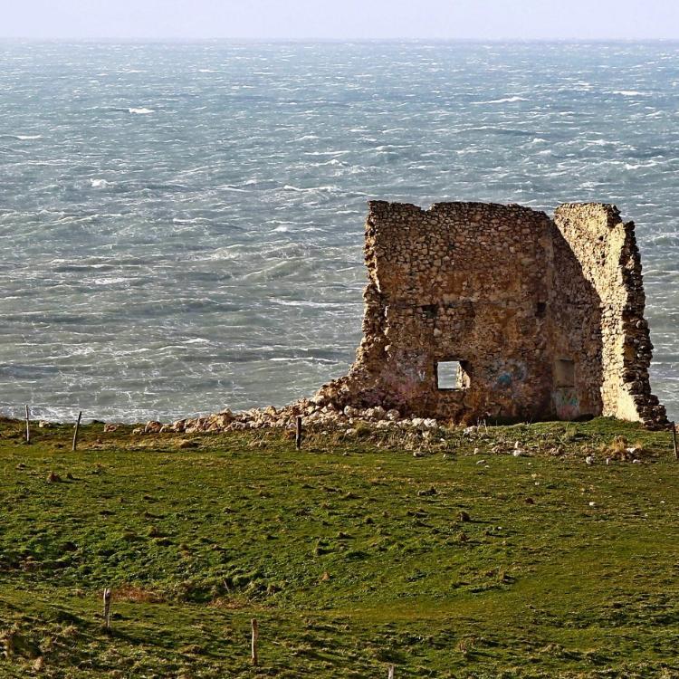 Santillana trabaja «al cien por cien» para reparar la torre de San Telmo