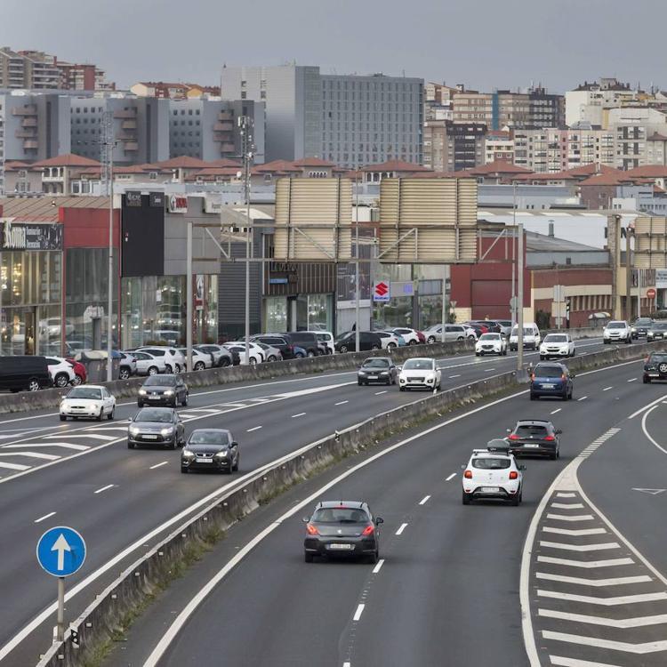 Santander es la tercera ciudad española con peor calidad de aire por contaminación de vehículos