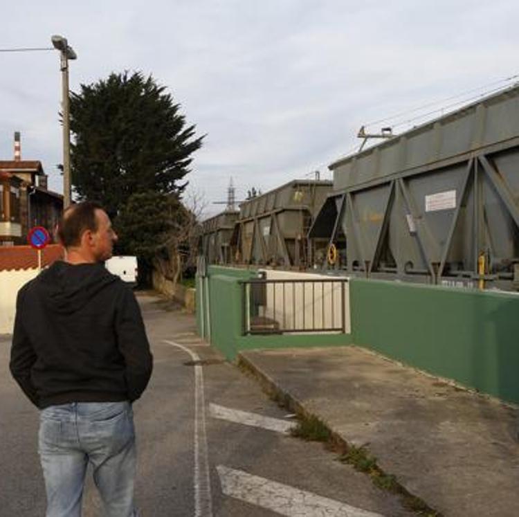 Cs propone que Adif traslade los vagones de Barreda a Santander