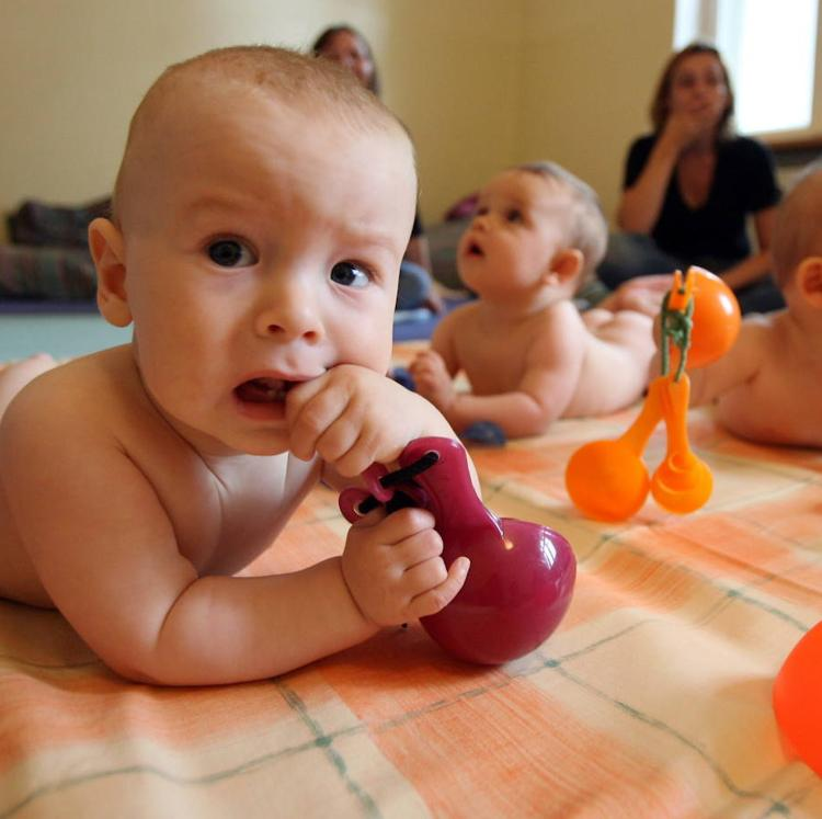 Polanco creará un programa de fomento de la natalidad con ayudas de 600 euros por niño