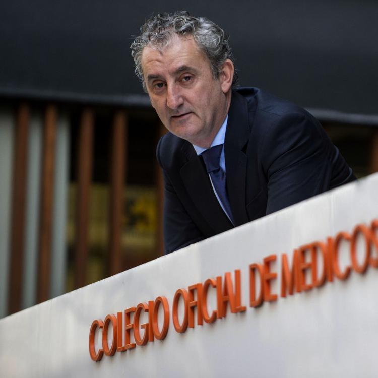 El cántabro Tomás Cobo aspira a la presidencia de los médicos españoles