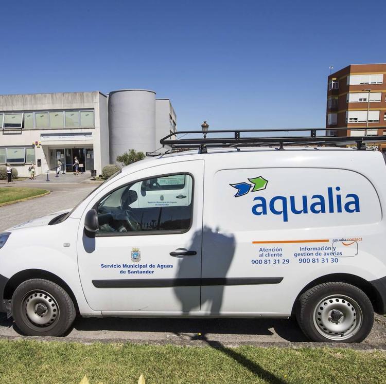 Aqualia alerta sobre falsas llamadas de control de agua