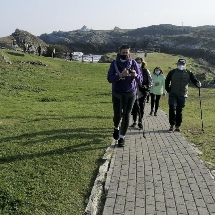 De ruta por los molinos de Bezana y su costa