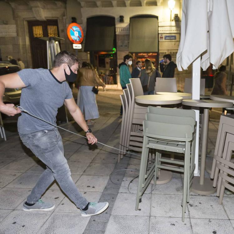 Cantabria estudia retrasar el toque de queda hasta las once de la noche