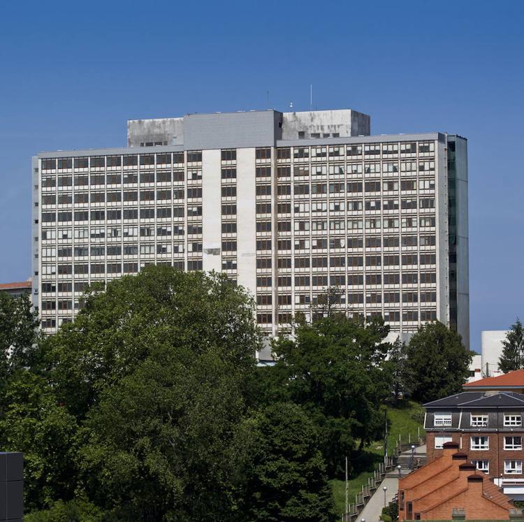 Igual quiere que el Gobierno central derribe el edificio «en semirruina» de la Residencia