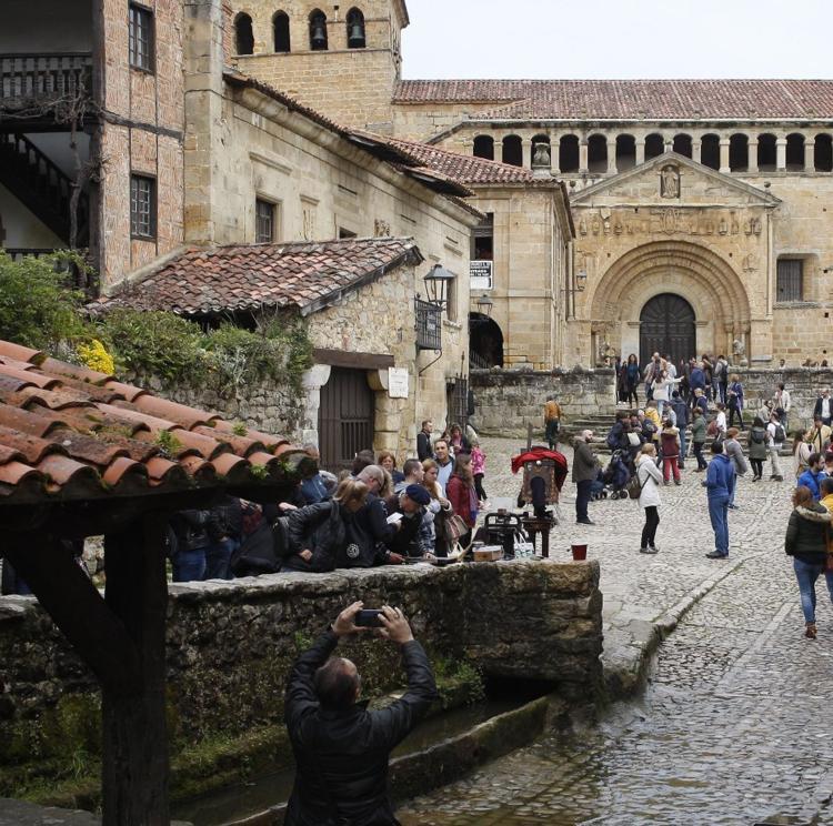 Santillana del Mar impulsa la plataforma 'ES Cultura' para impulsar su patrimonio