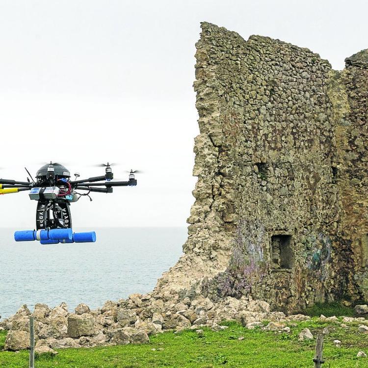 Santillana cuenta ya con el anteproyecto para restaurar y consolidar la torre de San Telmo